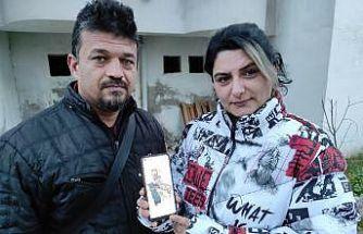 Köpeklerinin bulunmasını isteyen çift, vatandaşlardan yardım istedi