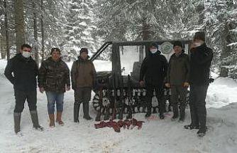 Kaçak avcılar ne kar dinledi ne de yasak