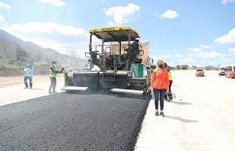 20 bin metrekare alana 5 bin ton sıcak asfalt serilecek