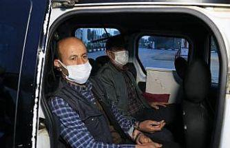 Adana'da durdurulan 2 araçtan 1 ton gümrük kaçağı tütün yakalandı