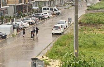 Düzce'de sağanak yağış etkili oldu