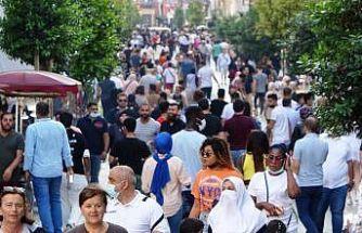 İstiklal Caddesi'nde sokağa çıkma kısıtlaması unutuldu