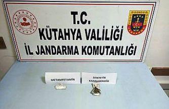 Kütahya'da otobüs yolcusu uyuşturucu ile yakalandı