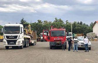 Bingöl'den Antalya'daki yangınlara iş makinesi desteği