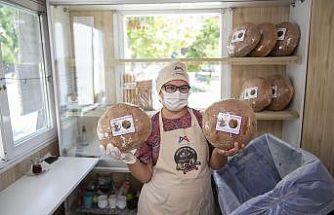 Mersin'de yufka ve Girit ekmeği MER-EK'te satışa sunuldu