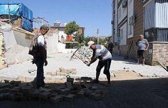 Nazilli'de yolları genişletme çalışmaları yapılıyor