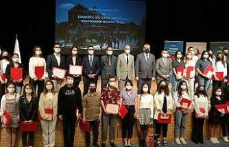 Staj Seferberliği'ne katılan öğrenciler sertifikalarını aldı