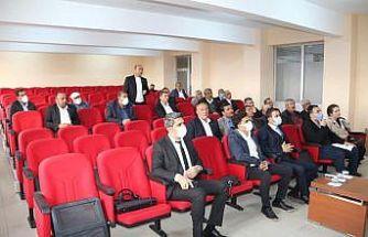 Güroymak'ta 'Bitkisel üretim ve hayvan hastalıkları ile mücadele' toplantısı düzenlendi