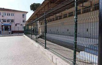 Nazilli Belediyesi'nin okullara desteği sürüyor