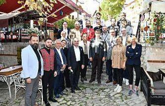Vali Gürel, tarihi konak işletmecileri ile görüştü