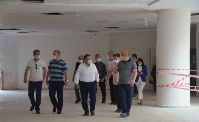 AK Parti'den Yeni Devlet Hastanesinde inceleme