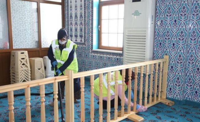 Başkan Tütüncü, camilerdeki dezenfekte çalışmalarını inceledi