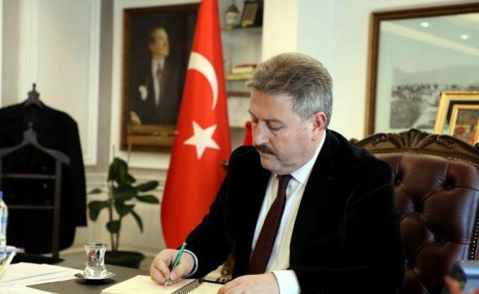 """Başkan Dr.Mustafa Palancıoğlu """"Erciyes Dağı, Zamantı Irmağı, 2000 civarında tescilliği tarihi eser ve yapı, koromaz vadisi, tekir yaylası ile turizm merkezidir"""""""